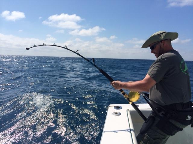 Standup harness for big fish