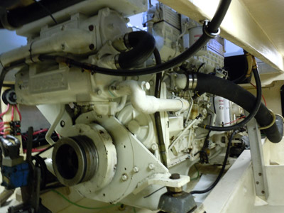 left side of the 700 horse power lugger engine