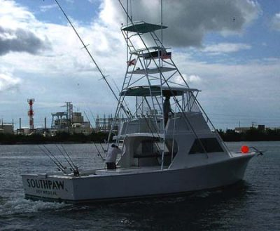 Starboard side of the Southpaw heading out on a Key West fishing charter